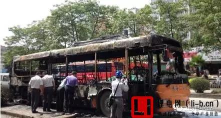 锂电池短路导致珠海电动公交车起火