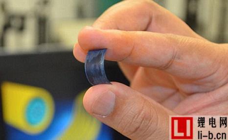 佛罗里达大学开发出新型柔性电池,循环30000次无损耗