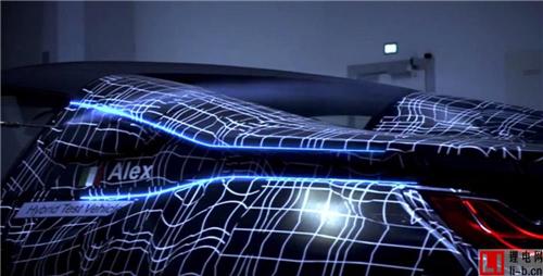 新款宝马i8 Roadster动力增强 明年亮相