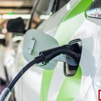 全球投资3000亿美元研发电动汽车 一半用于中国市场