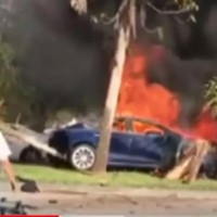 特斯拉再现致命事故 动力电池事故后仍反复燃烧