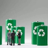 10月份磷酸铁锂电池共计装车量同比增长127.5%
