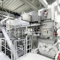 德国大众开新厂回收报废电池,研磨颗粒获取原材料